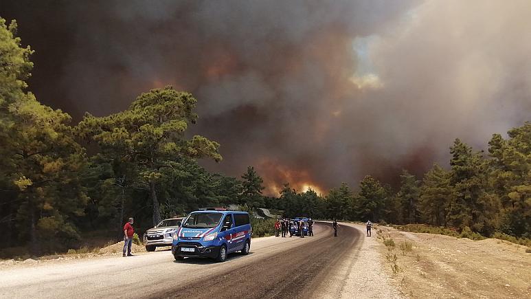 Shpërthimi i zjarreve në Turqi, ka të lënduar