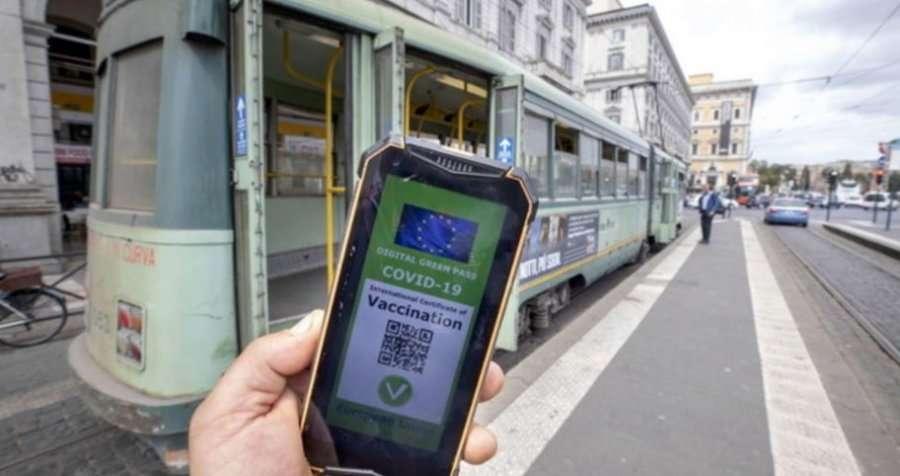 Italia mund të vendosë kufizime për të pavaksinuarit