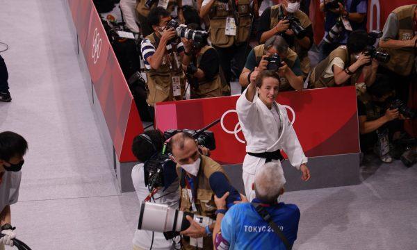 Distria Krasniqi pas fitores në Tokio: Synoj të marr pjesë edhe në tri olimpiada