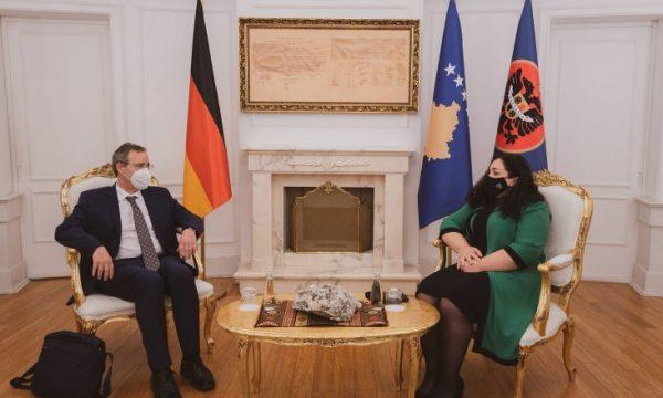 Gjermania përkrah liberalizimin e vizave për Kosovën