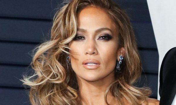 Fotografitë me bikini që dëshmojnë se plakja ka ndaluar për Jennifer Lopez