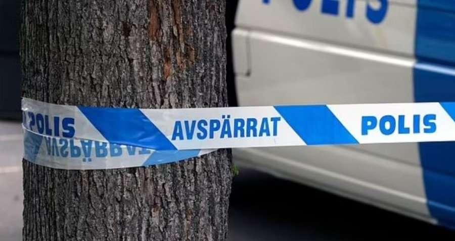 Tre të plagosur nga të shtënat me armë në Suedi