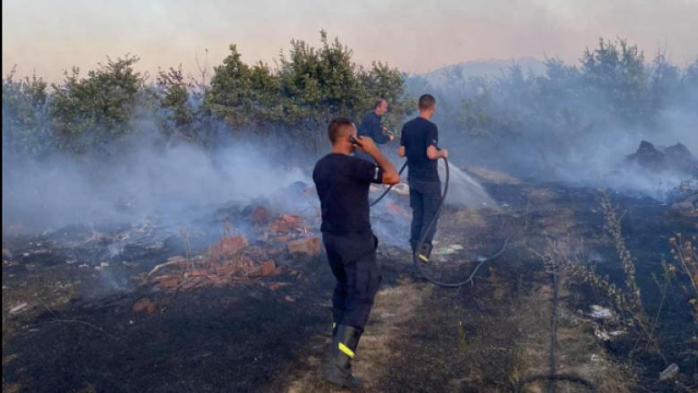Me ndihmën e zjarrëfikësve dhe policisë shuhet zjarri në fshatin Nec të Gjakovës