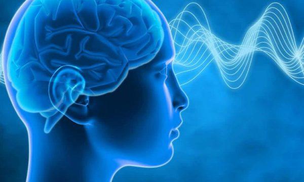 Si ndikon mungesa e gjumit tek emocionet tuaja?