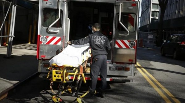 SHBA raporton numrin më të lartë ditor të vdekjeve nga COVID-19
