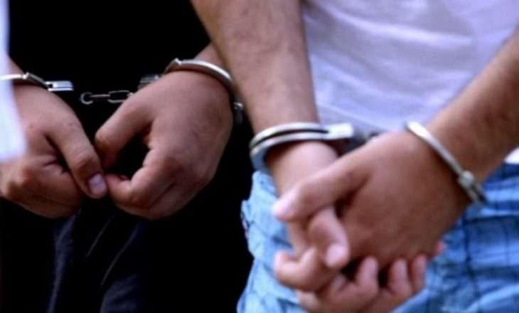 Arrestohen gjashtë persona për fajde në Pejë dhe Gjakovë