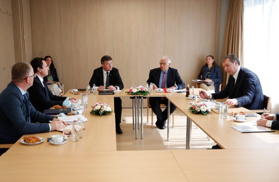 BE nuk tregon se kur do të mbahet takimi i ardhshëm Kurti-Vuçiq në Bruksel