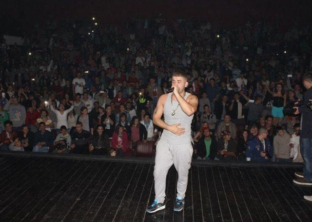 Publikohet video nga rrahja në koncertin e Noizyt