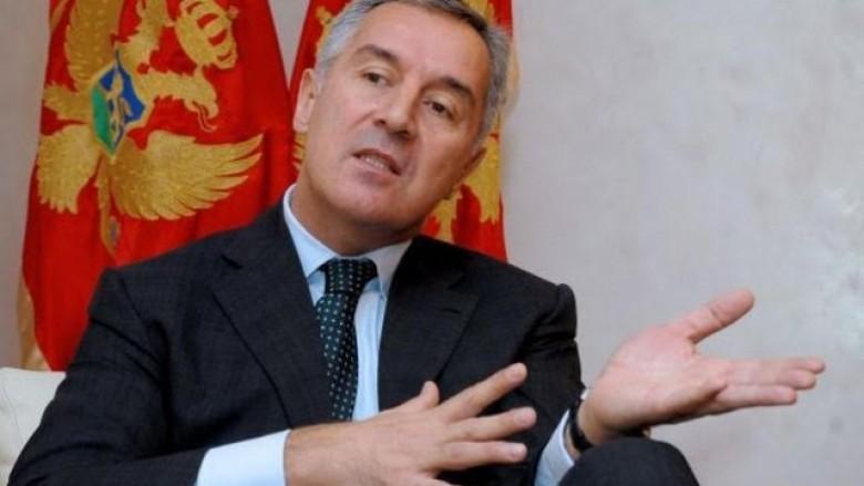 Gjukanoviq: Rusia vazhdon të ndërhyjë në punët e brendshme të Malit të Zi