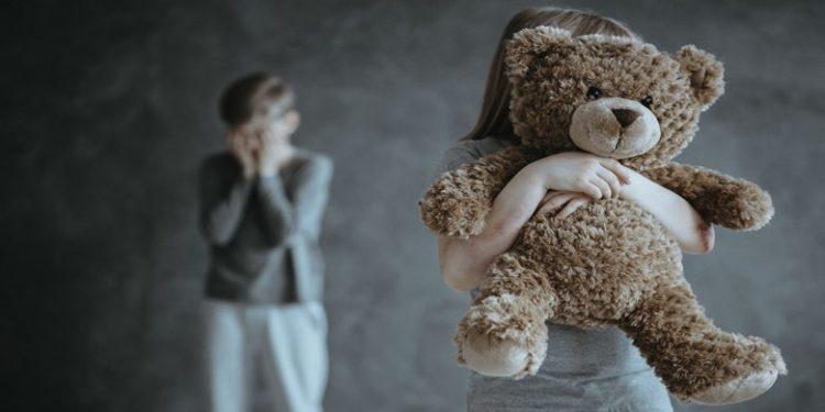 Shenjat paralajmëruese të abuzimit të mundshëm seksual tek fëmijët dhe adoleshentët