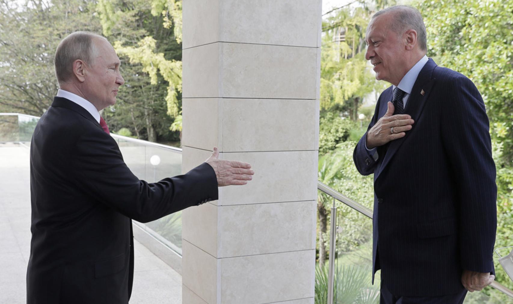 Çfarë domethënie ka pakti Turqi-Rusi për prodhimin e përbashkët të armëve?