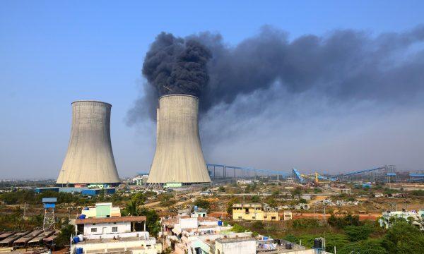 Mungesë thëngjilli: Pas Kinës, edhe India buzë krizës energjetike