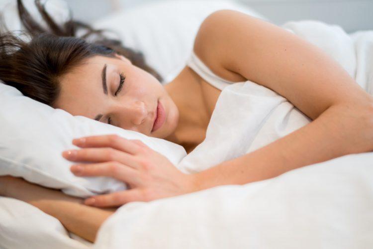Pse të flesh i uritur mund të jetë një ide e keqe